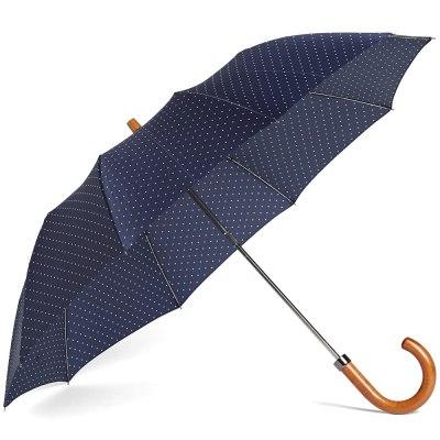 LondonUndercover_umbrella_ThessMen