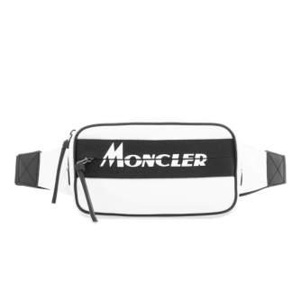 Moncler - 525€