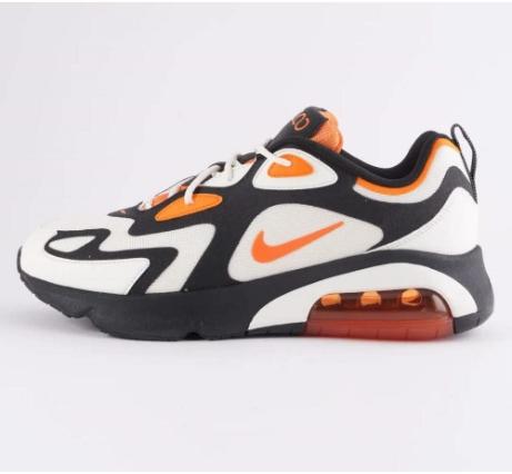Nike - 124€